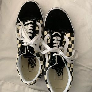 Vans Shoes - Checkered VANS Old Skool